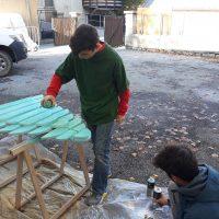 Création de décorations pour Noël au village